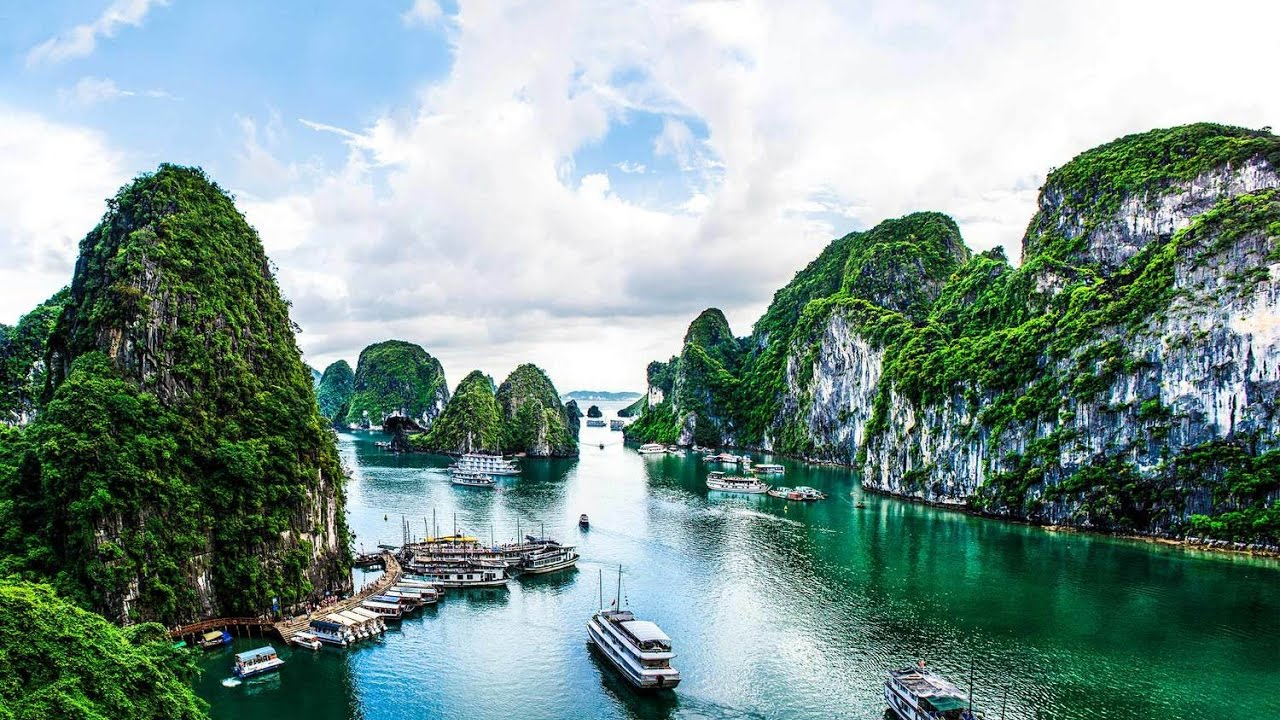 Beautiful Halong Bay In Vietnam DCC GROUP
